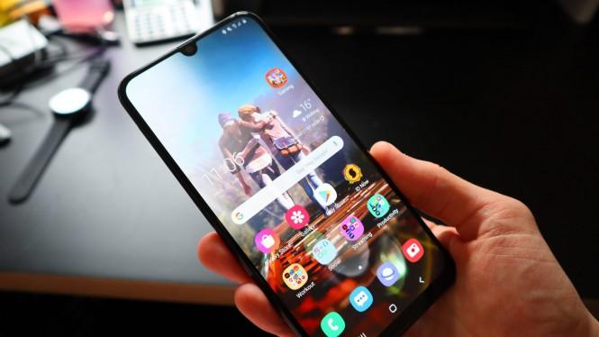 Cara Mengatasi Hp Samsung Mati Total Baterai Tanam